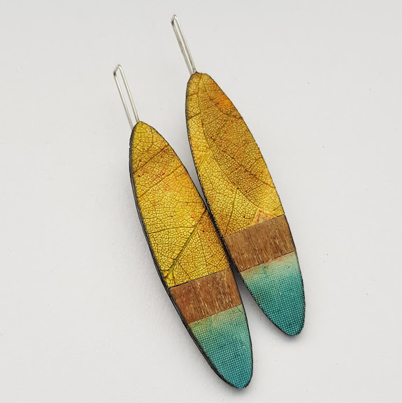 Leaf-Fall Ellipse Drop Earrings