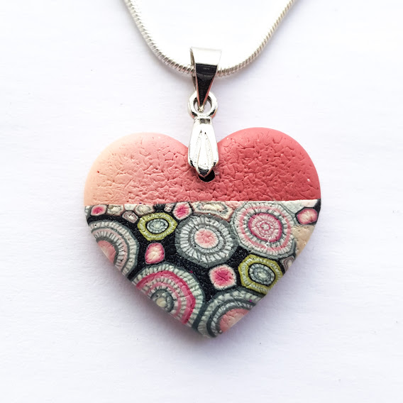 Rosa with Ombre Heart Pendant
