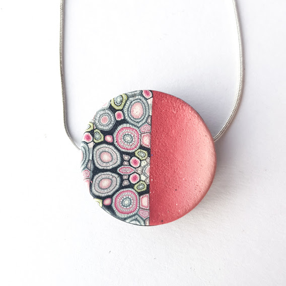 Reversible Anti-Clastic Rose & Noir Disc Pendant